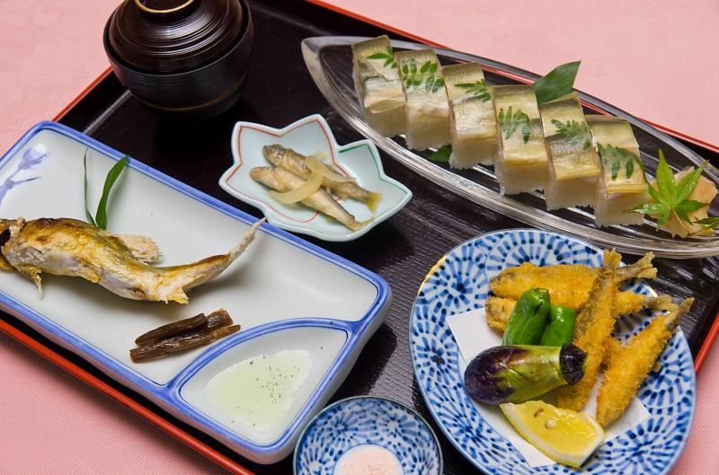 鮎寿司定食
